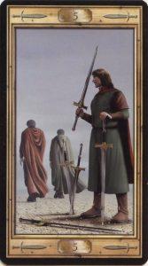 Таро Универсальный Ключ Изображение аркана 5 Мечей